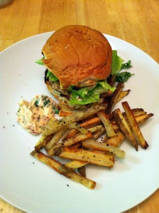 turkey burger and homemade fries 6 5 13